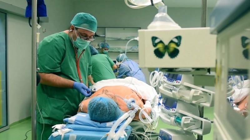 O operație pe cord costă cel puțin 27.000 de lei. Cât a cheltuit CNAM, în primele 6 luni, pentru intervenții chirurgicale