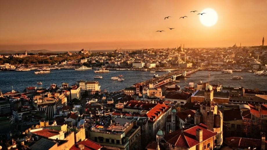 Mai mulți moldoveni aleg să călătorească cu agențiile de turism. Ce destinații preferă aceștia pentru vacanțe