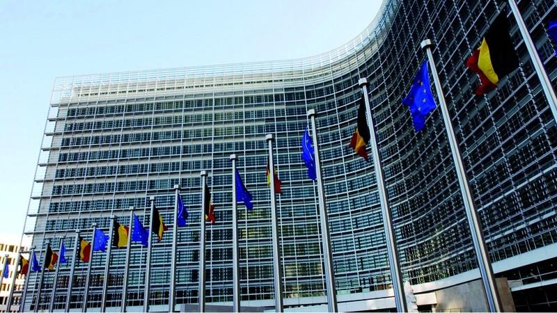 Ai planuri pentru anul 2020? Obține un stagiu plătit în una dintre pricipalele instituții din UE