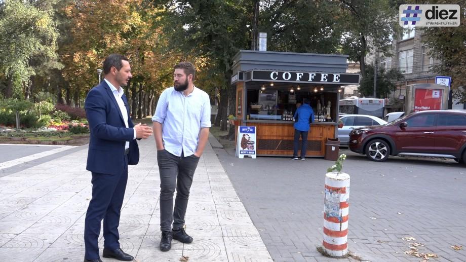 """(video) #Mergem la Primărie cu Ruslan Codreanu. Trecem pe strada pietonală și pe la """"memorialul cișmelei Apă-Canal"""""""
