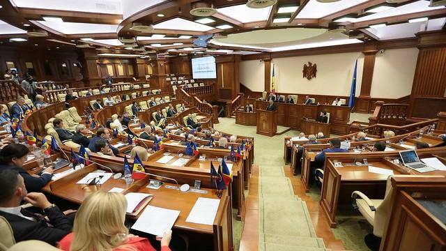 (live) Deputații votează azi pentru alimentație. Ce alte proiecte sunt pe ordinea de zi a Parlamentului