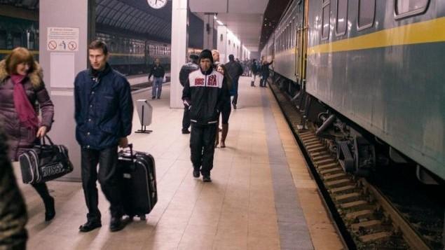 (studiu) Deja nu mai este bine. Moldovenii sunt gata să muncească oriunde peste hotare, riscând să rămână fără salariul promis