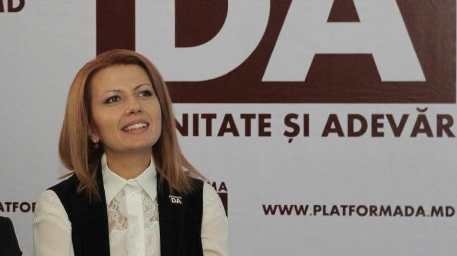 """Arina Spătaru explică de ce a părăsit organele de conducere a Platformei DA: """"Nu am corespuns așteptărilor membrilor de partid"""""""