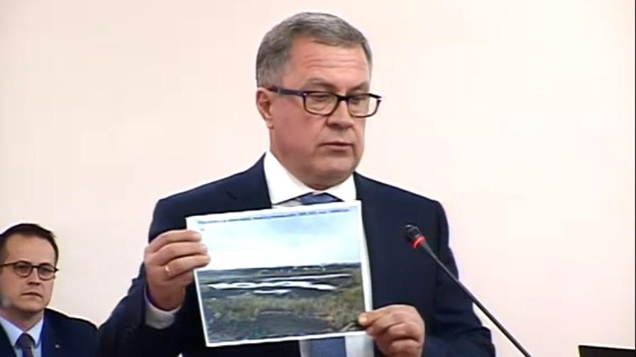 """""""Apă Canal"""" oferă explicații în fața Guvernului: """"Mirosul din Capitală e din cauza nămolului și lipsa microorganismelor"""""""
