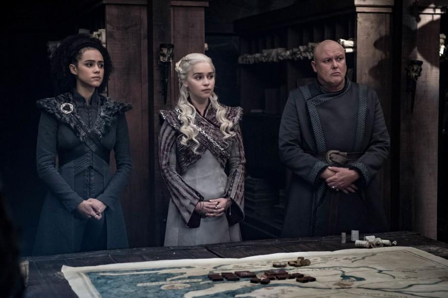 """""""Game of Thrones"""" se menține în topul preferințelor. Serialul a câștigat 10 premii la gala Creative Arts Emmy Awards"""