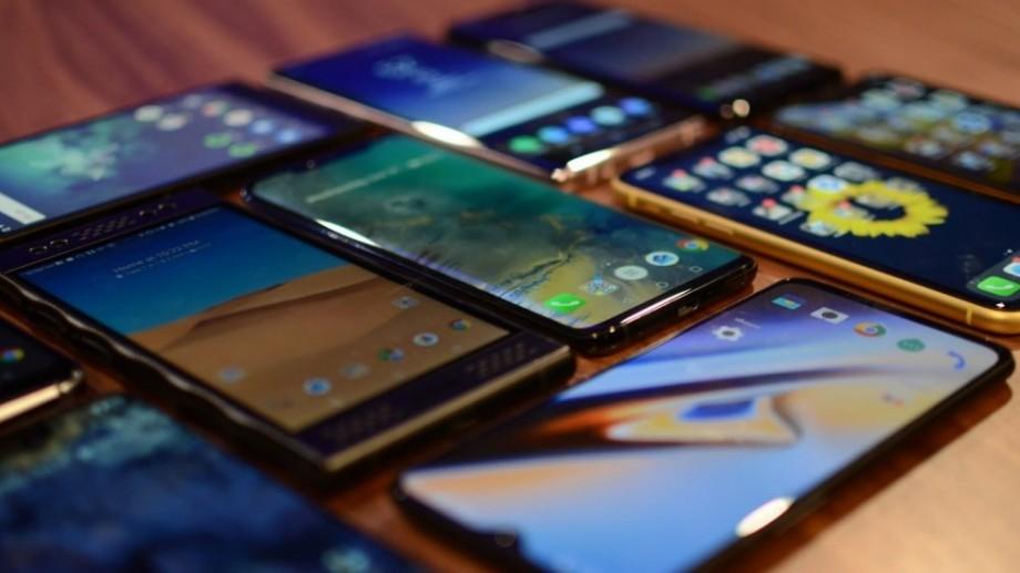 Top 10 cele mai puternice telefoane pe sistem de operare Android în luna august 2019