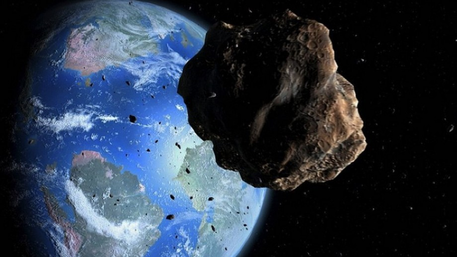 """NASA: """"Un asteroid de două ori mai mare decât celebra Empire State Building va trece pe lângă planeta Pământ"""""""