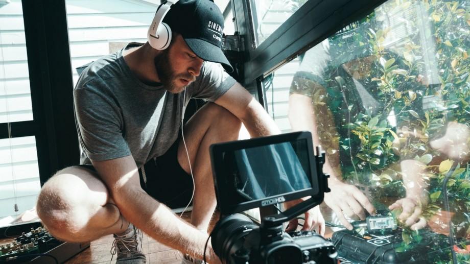 Ai șansa să participi la producția unui film documentar! Ce trebuie să faci pentru a participa la atelierul de film documentar