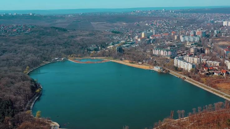 (video) Compania Turkish Airlines a realizat un filmuleț despre orașul Chișinău. Ce locuri le sunt sugerate turiștilor