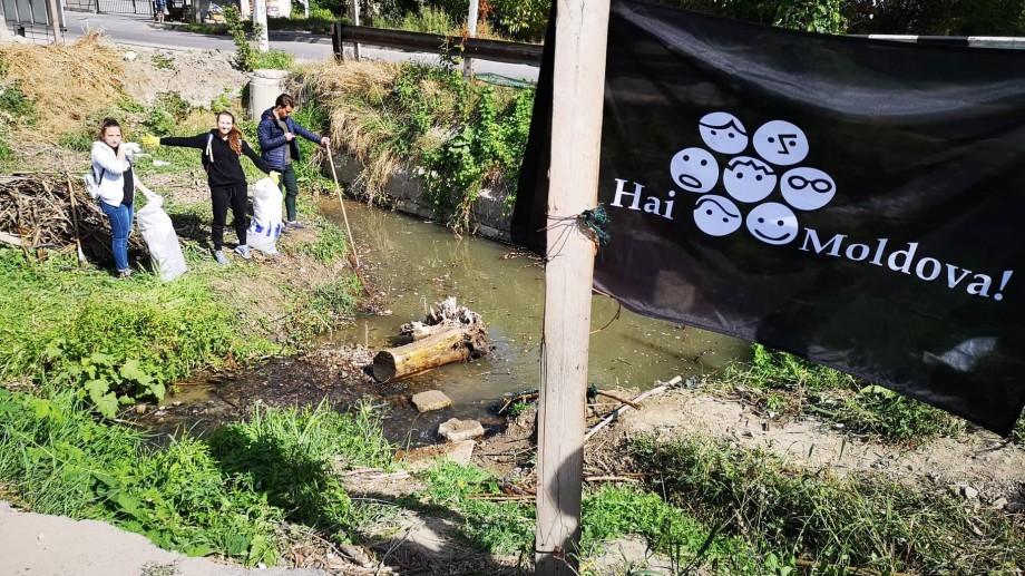 (foto) Cum arată râulețul Durlești după ce a fost curățat de voluntarii Hai Moldova