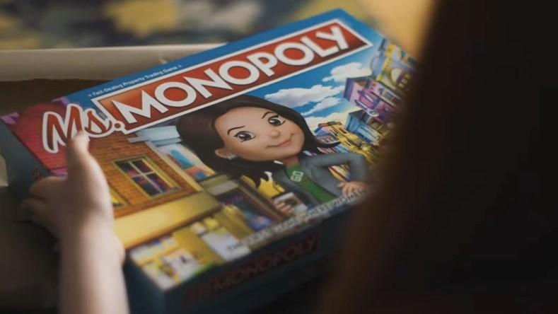 """(video) Monopoly va avea o versiune feminină în care jucătorii vor deveni """"doamna Monopoly"""""""
