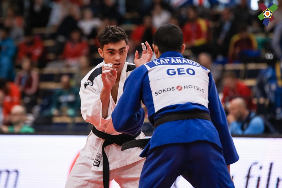 Judocanul Adil Osmanov a cucerit medalia de argint la Campionatul European de juniori