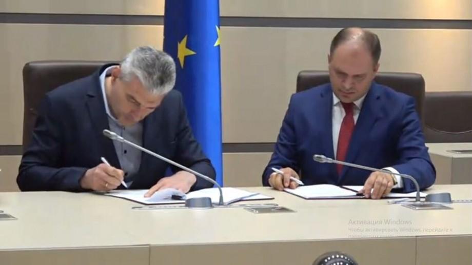 (video) Blocul ACUM și PSRM au semnat un nou acord politic. Ce presupune acesta