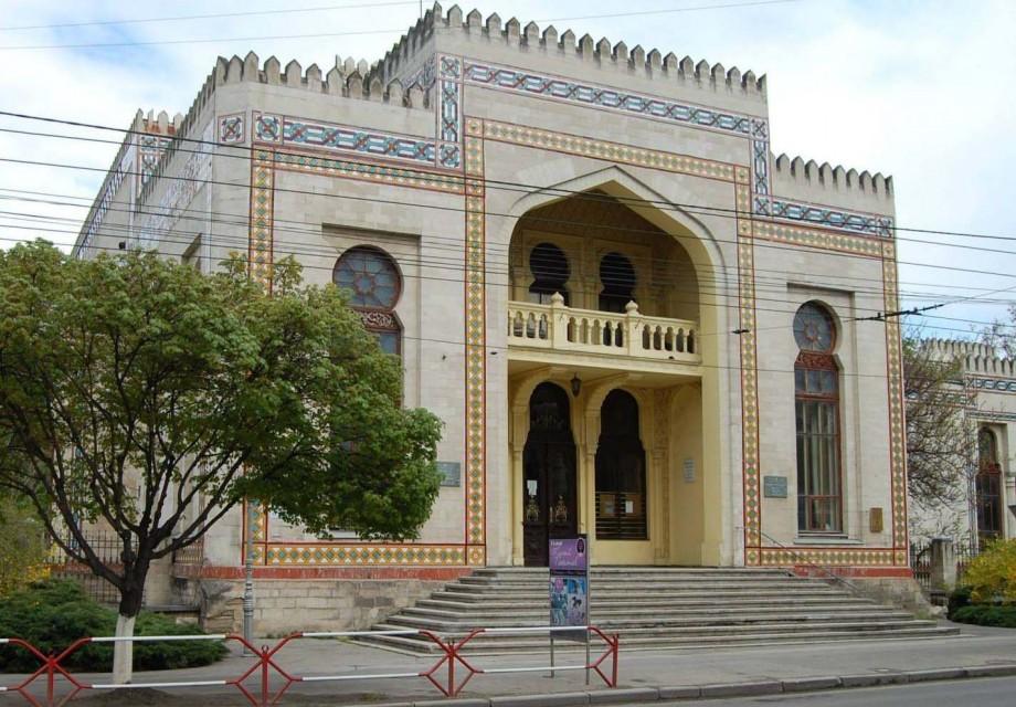 (foto) Ghidul #diez. Cunoaște istoria Muzeului Național de Etnografie și Istorie Naturală din Chișinău