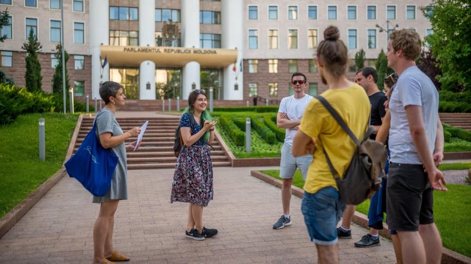 (foto) Descoperă Capitala Moldovei împreună cu Free Tour Chișinău și Irinelu Iacoban