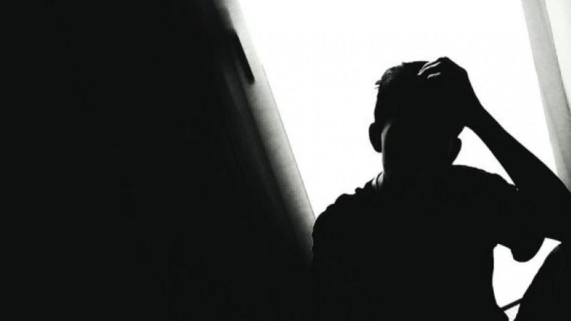 În fiecare 40 de secunde moare câte un om din cauza suicidului. Cum depistăm oamenii cu gânduri suicidare