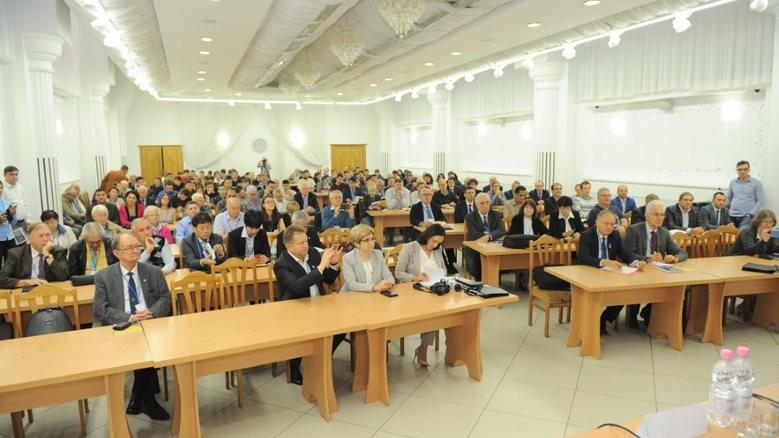 """(foto) Conferință internațională """"Nanotechnologies and Biomedical Engineering"""": """"Trebuie să valorificăm potențialul uman"""""""