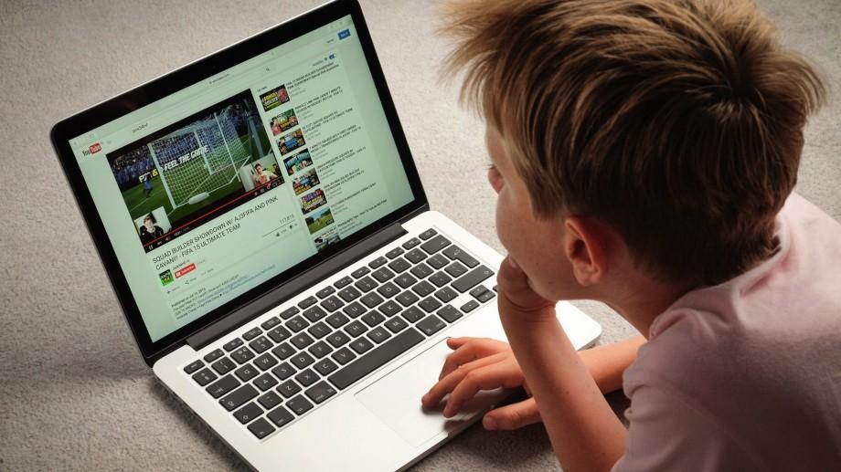 YouTube a colectat ilegal informații personale de la minori. Compania este obligată să achite amendă în sumă de 170 de milioane de dolari