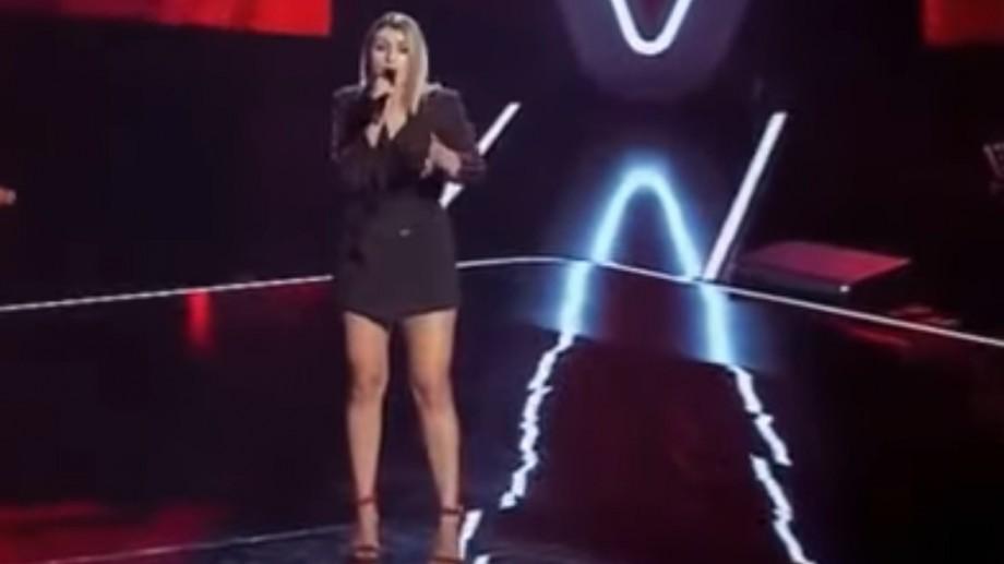 """(video) Cunoaște-o pe Cătălina Borozan, moldoveanca care a încântat publicul de la """"Vocea României"""""""