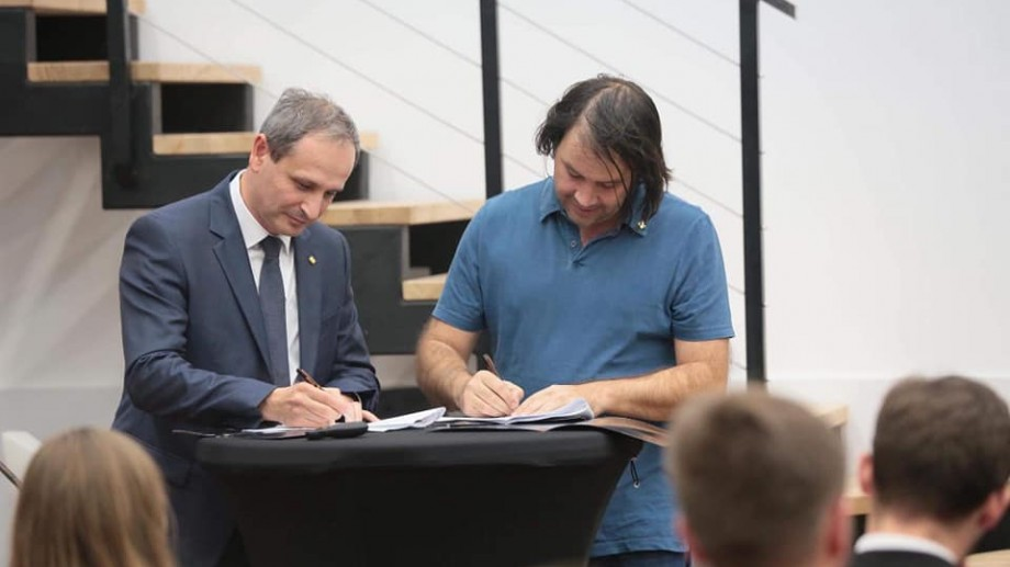 (foto) Universitatea Tehnică din Moldova și Orange au semnat un parteneriat de durată
