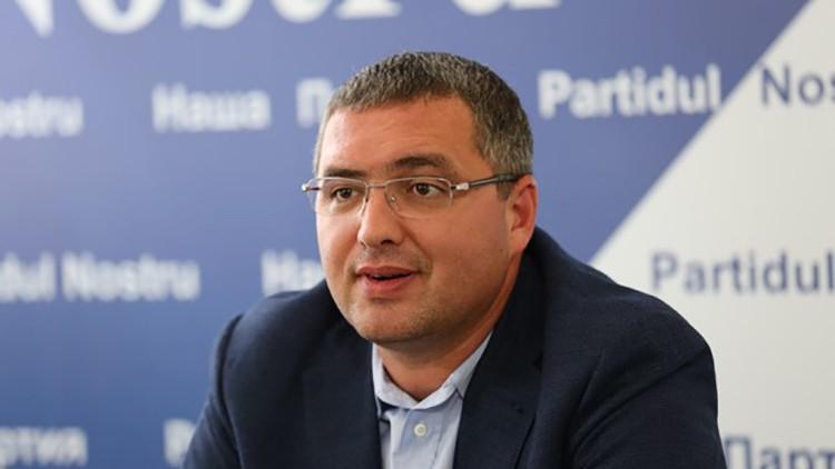 """Renato Usatîi și-a exprimat votul. """"Turul doi, la Bălți, este exclus"""""""