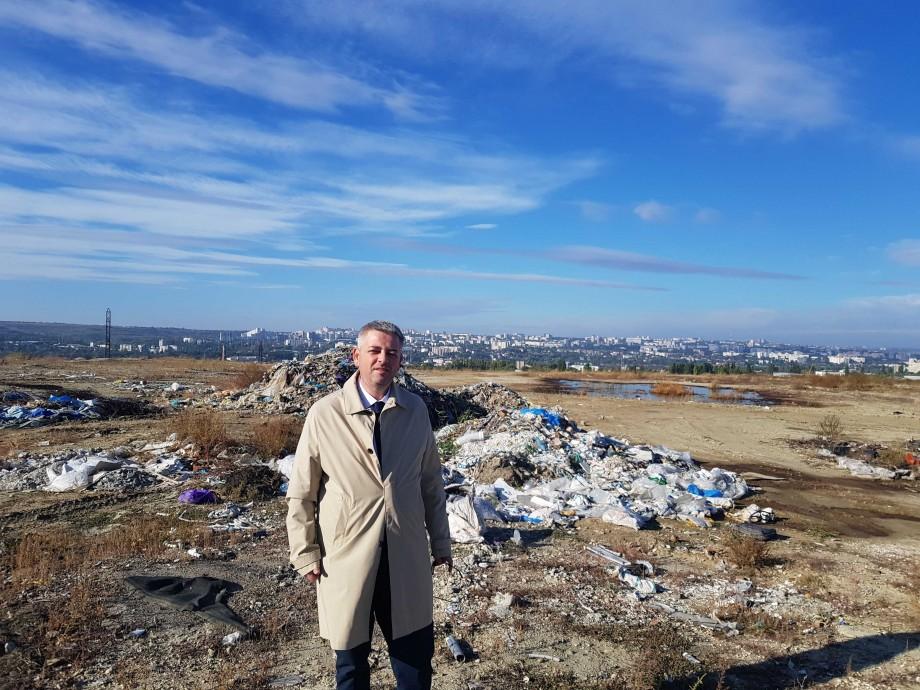"""Problema deșeurilor din Chișinău: """"Avem cu ce, dar nu avem cu cine: 152 de milioane de lei, aruncate la groapa de gunoi"""""""