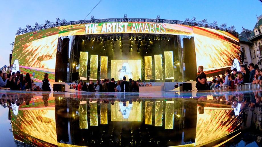 Iuliana Beregoi a câștigat titlul de Best Teenage Artist la Gala premiilor The Artist din România