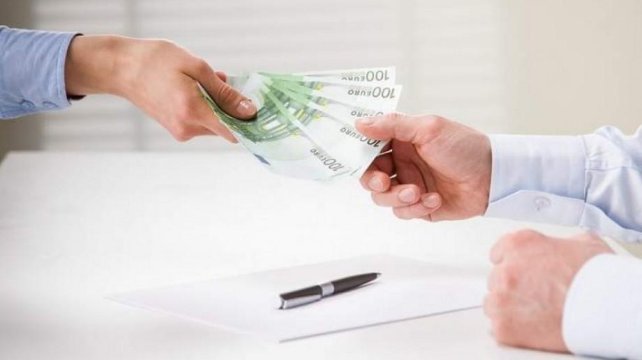 Ai nevoie să faci un transfer sau de alte servicii? Vezi lista băncilor din Capitală care activează astăzi
