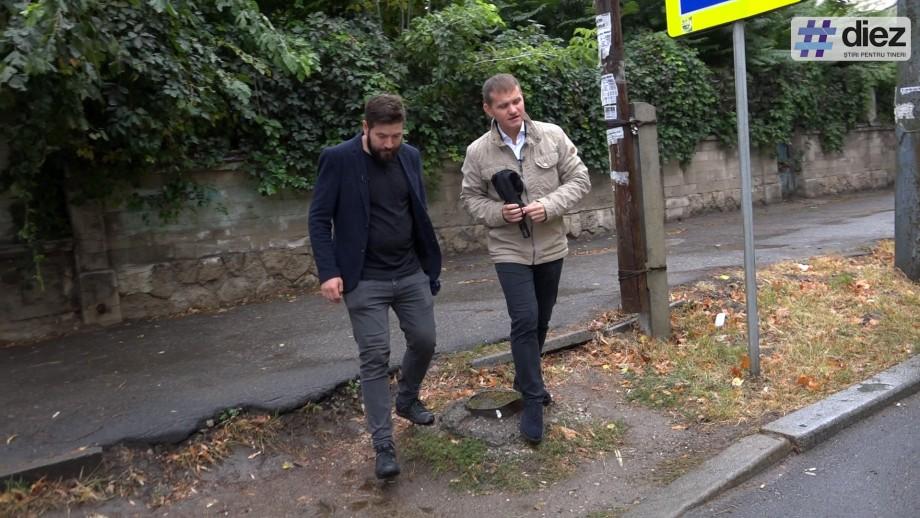 (video) #Mergem la Primărie cu Valeriu Munteanu. Despre curți interioare, trotuare, oameni ai străzii și candidați unioniști și foști liberali