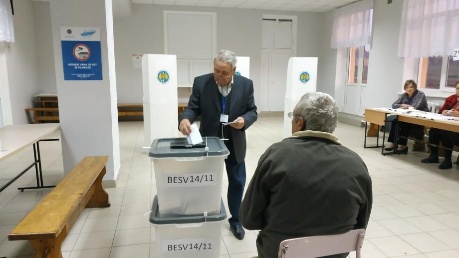 (grafic) Alegeri locale 2019. Care sunt pașii pe care trebuie să-i urmezi într-o secție de votare