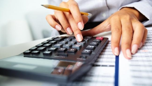 Camera de Comerț și Industrie angajează un economist-contabil. Ce experiență trebuie să posede persoana