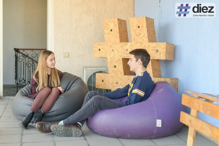 (foto) Ce schimbări vrea să vadă în Chișinău Valentin Josan, un elev care merge azi la vot pentru prima dată