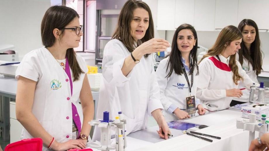 Farmacia Felicia încurajează formarea profesională a farmaciștilor. Completează formularul și câștigă o bursă