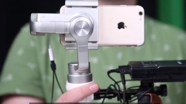(video) Alfabetul media pentru TINEri. Ce este conceptul de mobile journalism și cum funcționează acesta