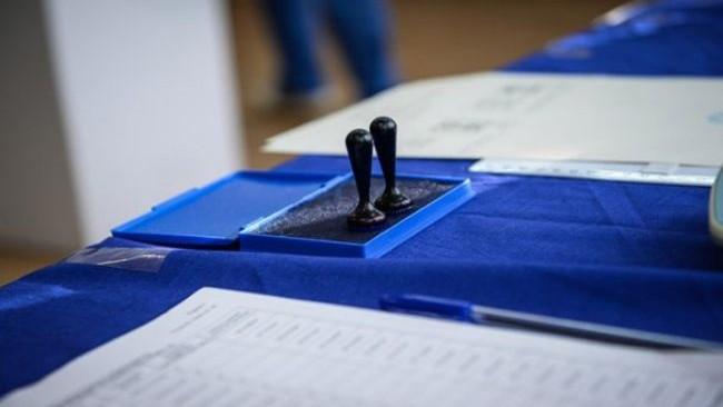 Alegerile prezidențiale din România continuă pentru cetățenii din diasporă. O secție de votare din Moldova printre cele mai active