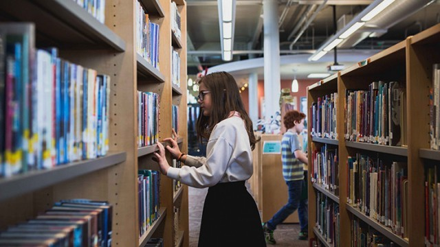 """Biblioteca Municipală """"B.P. Hasdeu"""" sărbătorește 142 de ani de la fondare. Care este programul evenimentelor"""