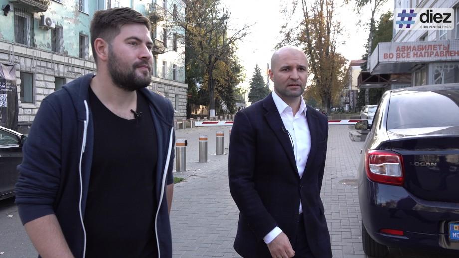 (video) Mergem la Primărie cu Vladimir Cebotari, pe trotuare sparte și pe lângă vechiul și noul sediu al PDM