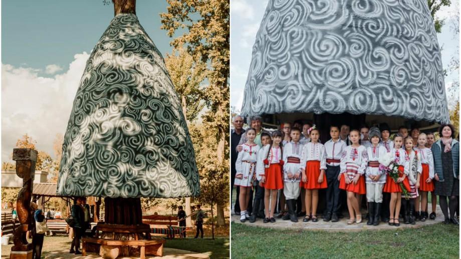 """(foto) Povești sub cușma lui Guguță. La Costești a """"răsărit"""" ca prin magie cea mai autentică bibliotecă în aer liber din Moldova"""