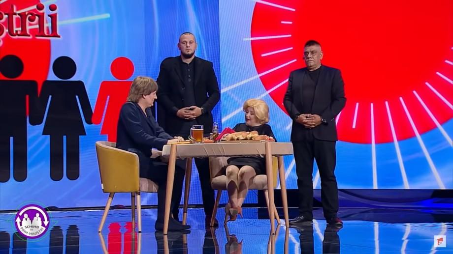"""(video) Sosiile Vioricăi Dăncilă și Angelei Merkel, la o discuție după """"schimb de experiență"""". """"Am dat drumul pușcăriașilor"""""""