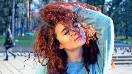 (foto) Ghid practic despre frunzele din Moldova și ce să faci dacă vezi pe cineva că le arde