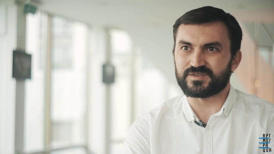 """Regizorul Dumitru Acriș a fost nominalizat la Festivalul """"Masca de Aur"""" din Rusia"""