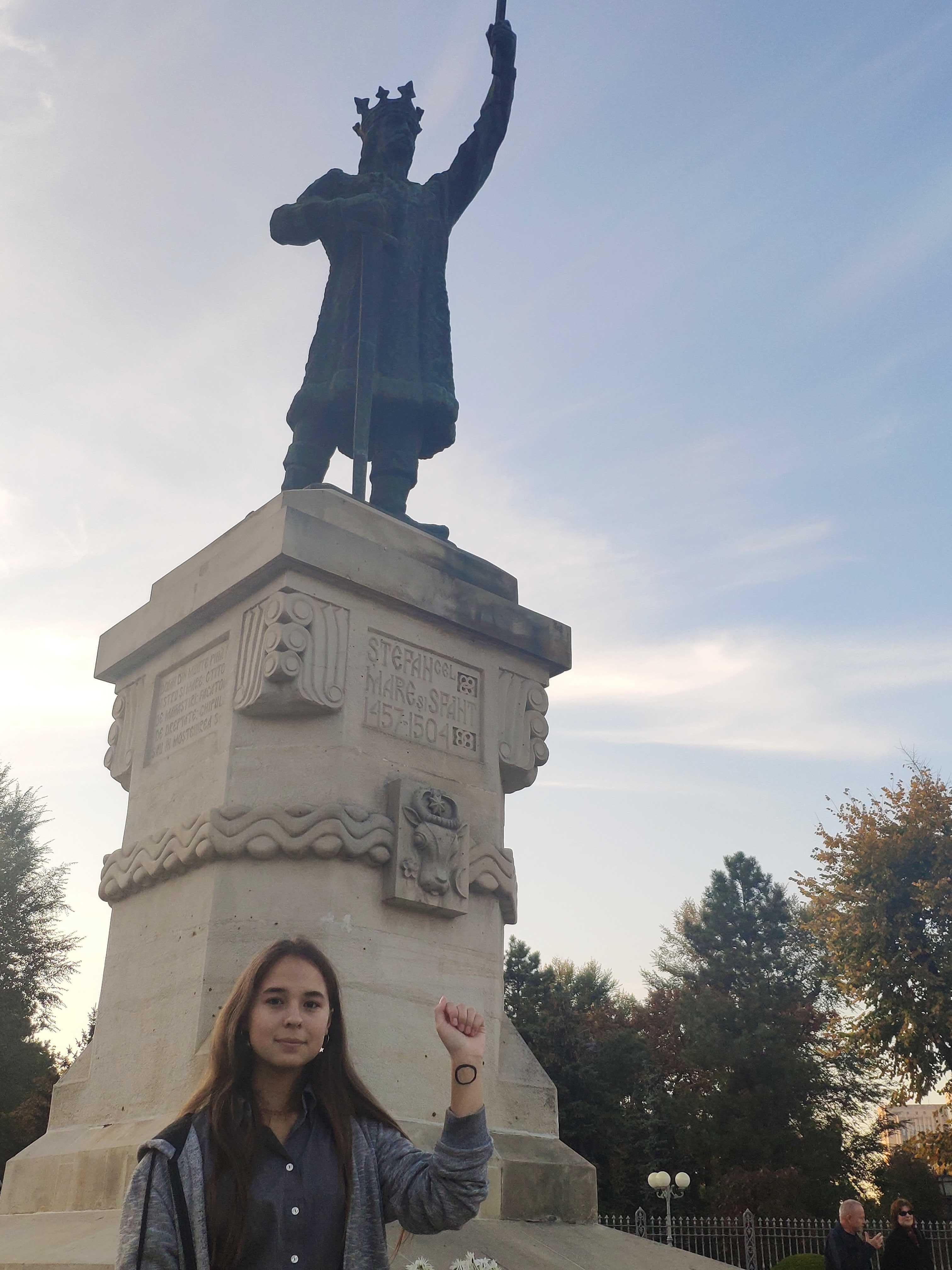 monument9