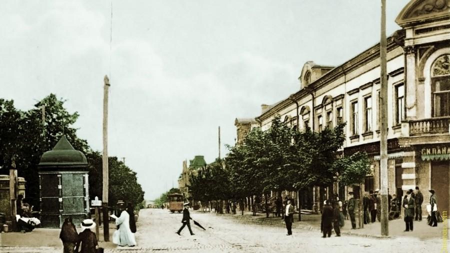 (foto) Îmbrăcat în culorile trecutului. Cum arăta orașul Chișinău cu tramvai și fără ambuteiaje