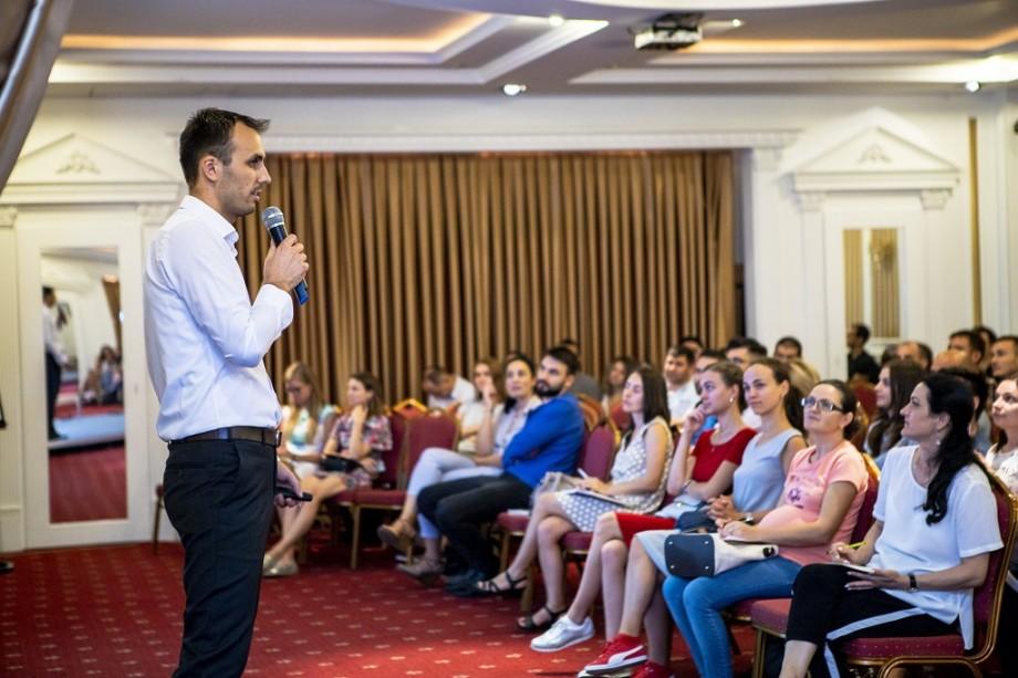Pentru antreprenori, directori sau manageri de marketing. Școala Google Adwords te invită la un seminar gratuit