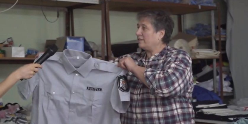 (video) Made in Ursoaia! Fabrica din localitate coase uniforme pentru angajații mai multor instituții din țară