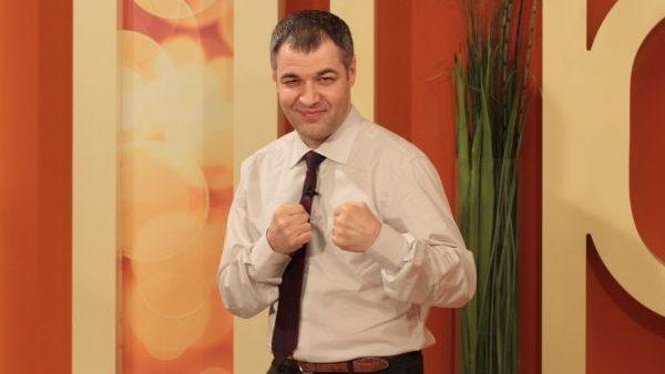 """Țîcu către dreapta politică din Moldova: """"De câte ori vede un câine mai mare și mai puternic, începe să latre de frică"""""""