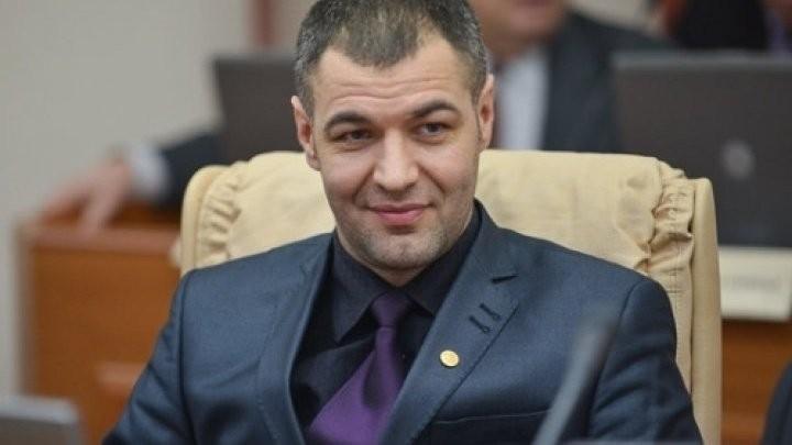 Octavian Țîcu este convins că va accede în turul II și a votat pentru un oraș curat, cu un centru istoric frumos