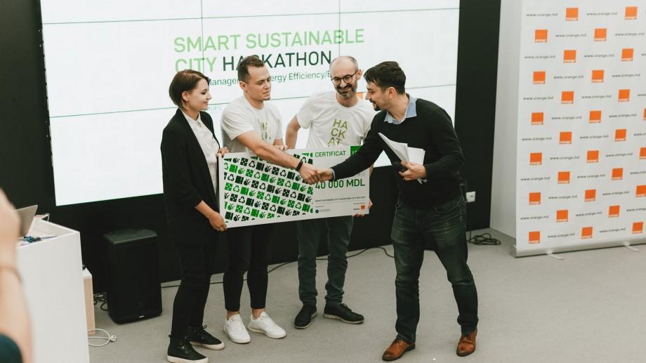 Chișinău Hackathon Smart Sustainable City și-a premiat câștigătorii. Cine sunt aceștia și ce soluții au propus