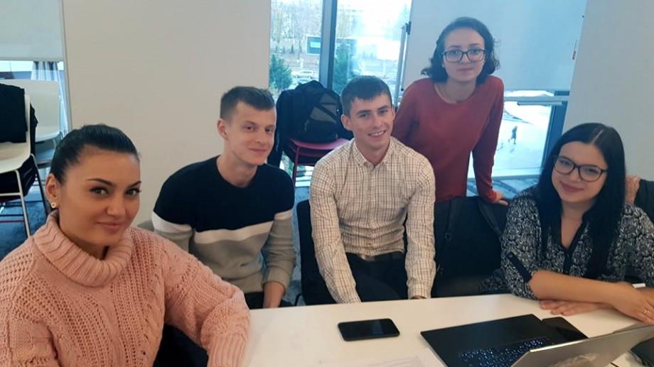Studenții de la UTM au participat la două ateliere practice organizate de compania ENDAVA