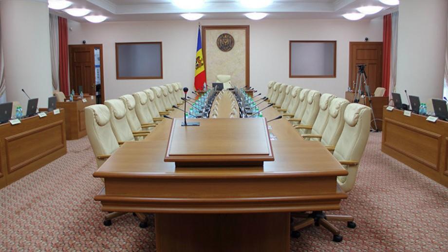 (doc) Cine sunt noii miniștri din guvernul Chicu și ce CV-uri au aceștia